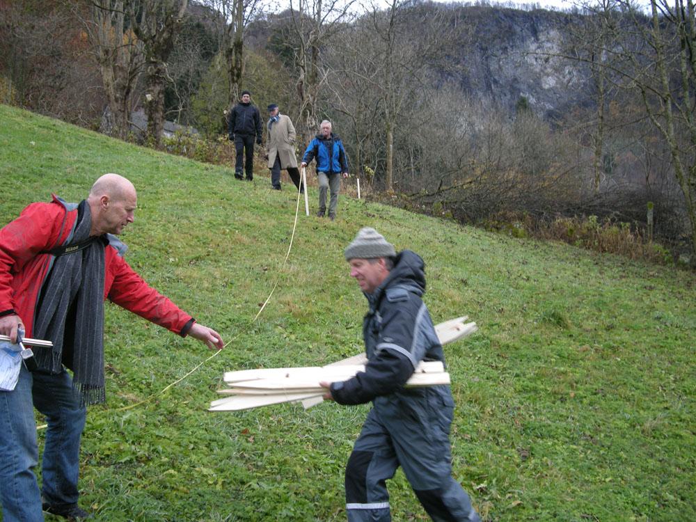 Haugland i Sunnfjord: Veien stikkes ut